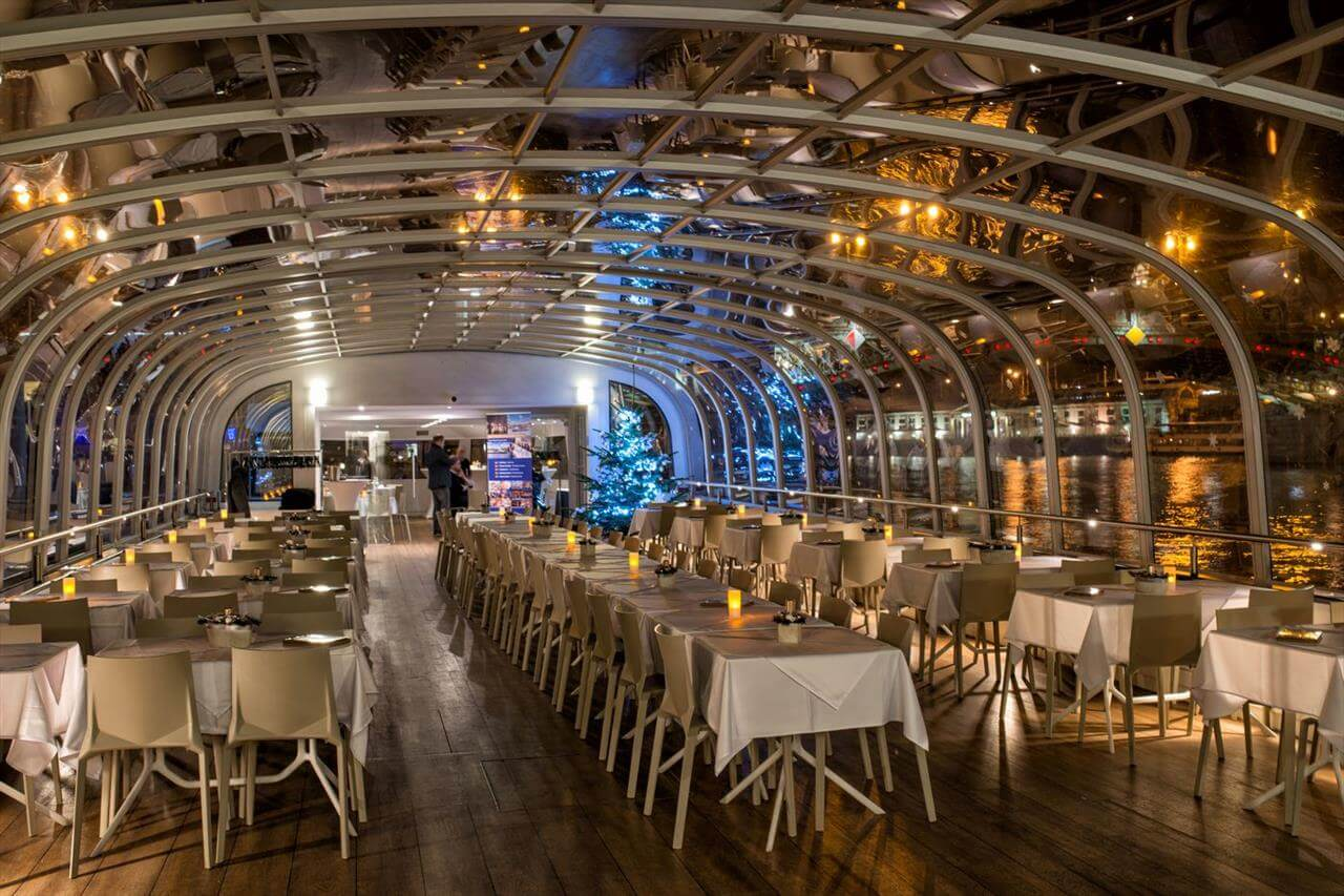 Gala Dinner River Cruise Prague2