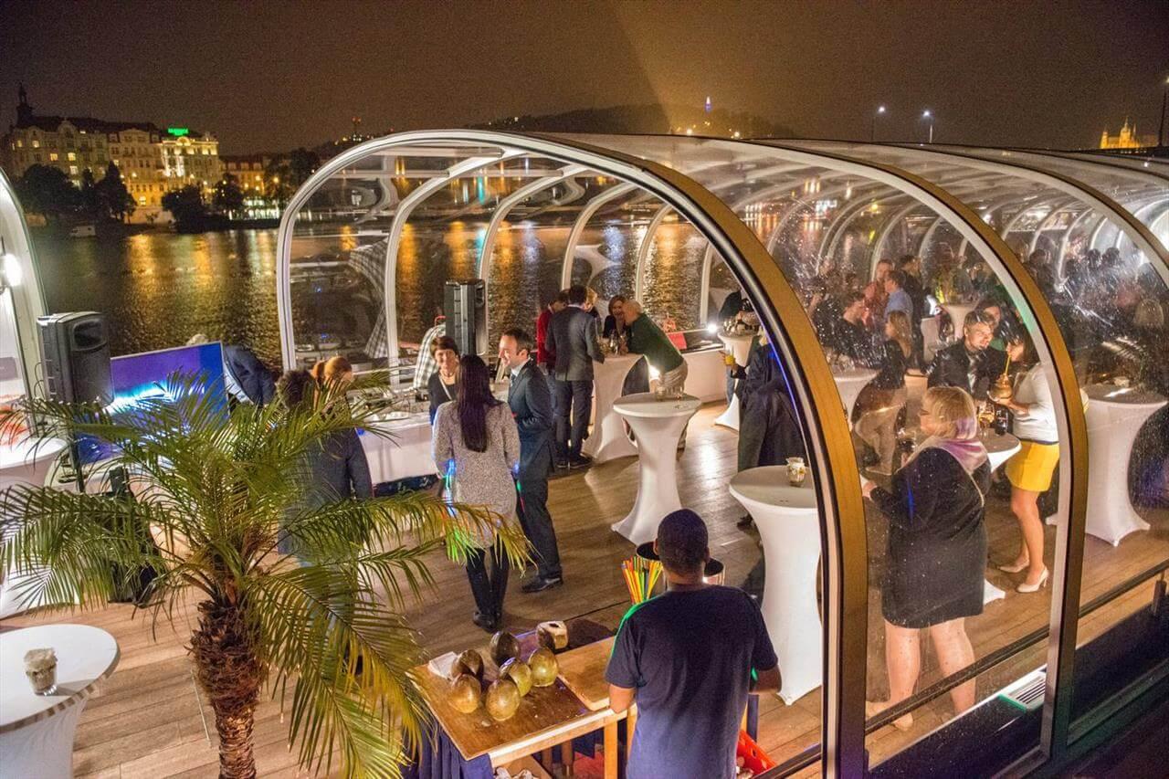 Gala Dinner River Cruise Prague3